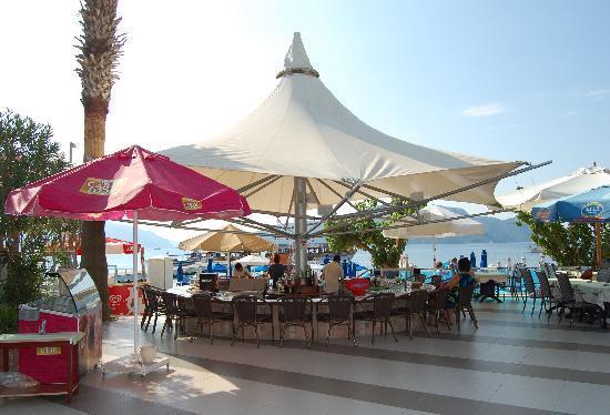 Sunrise Hotel: Pool Bar