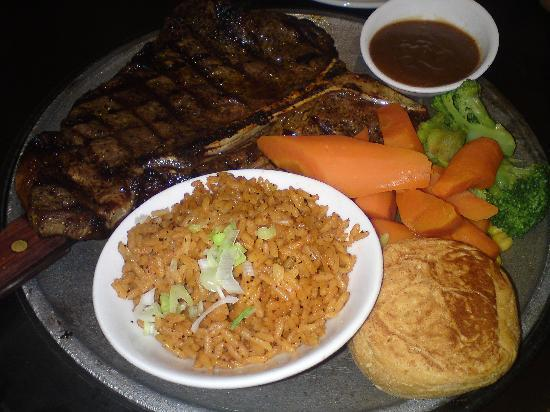 Steaky : T-bone steak with rice and veggies
