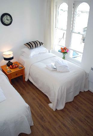Abergavenny Bed and Breakfast: the twin room
