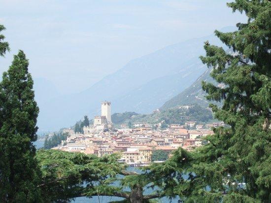 Bellevue San Lorenzo: View to Macesine