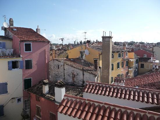 Rovigno, Croazia: View of the old town from our window
