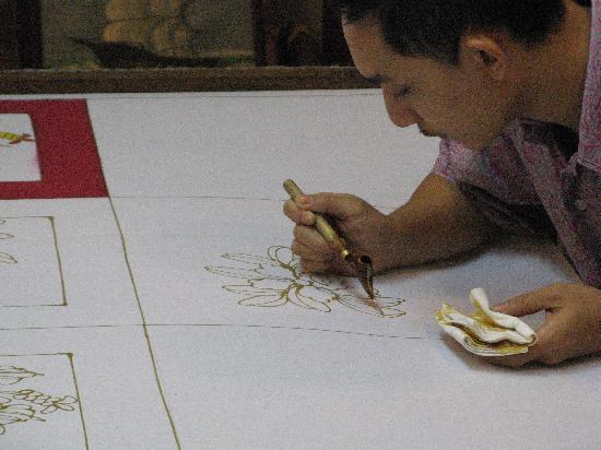 Malaysia: Batik mit der Hand