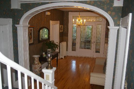 The Dawson House: Main Foyer