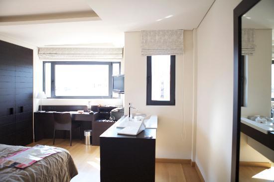 O&B Athens Boutique Hotel: una suite de lujo, con vistas de lujo
