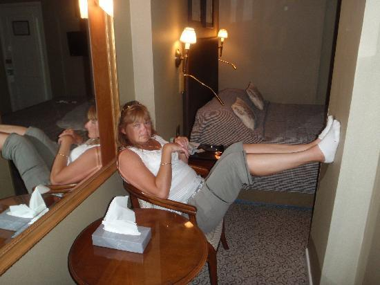 Somerville Hotel: Ther relaxation aera