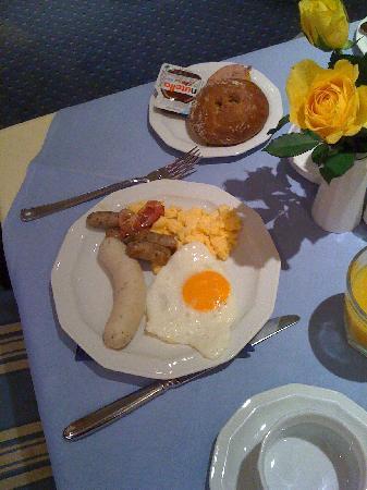 Hotel König Ludwig: breakfast