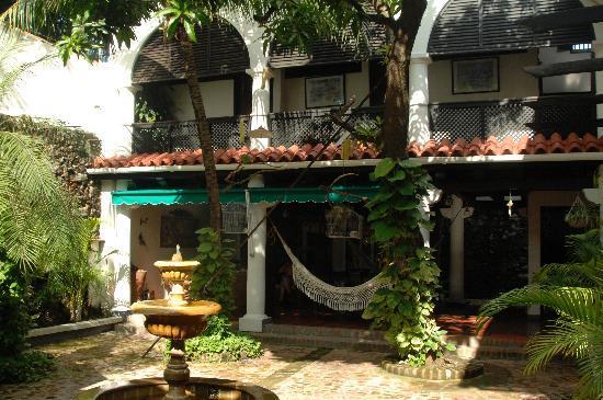 Hotel Casa de las Palmas: The courtyard