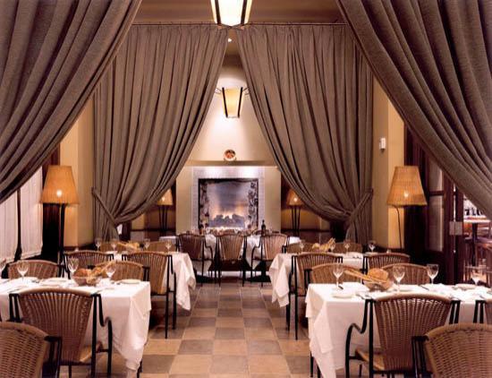 Il Fornaio: Main Dining Area