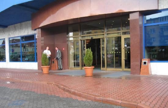 Golebiewski Hotel: Eingang vom Hotel Golebiewski, Bialystok