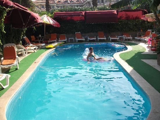 Efendi Hotel: pool