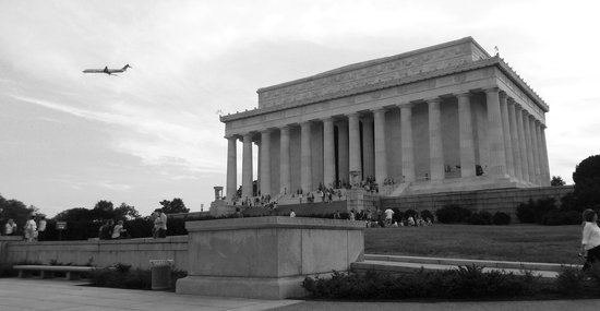 Walk of the Town : The Lincoln Memorial is just one of the amazing monuments we will see up-close!