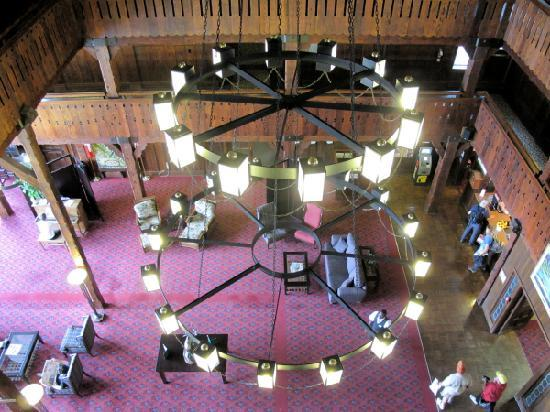 Prince of Wales Hotel: The lobby, viewed from the 4th floor