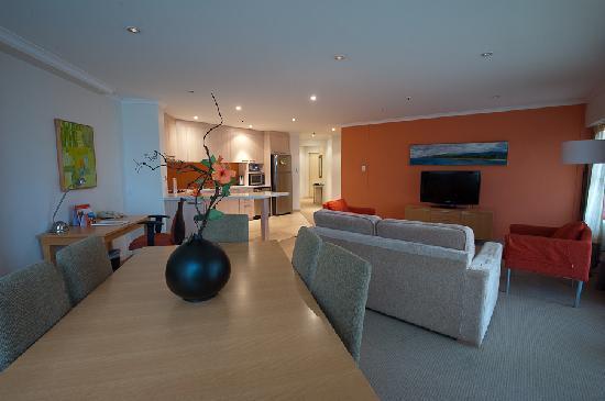 The York by Swiss-Belhotel: Deluxe Two Bedroom Ensuite