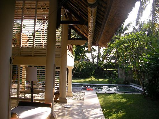 Jimbaran Alamanda Villa: 1ベッドルームヴィラ。 開放感たっぷりで気持ちよいです。