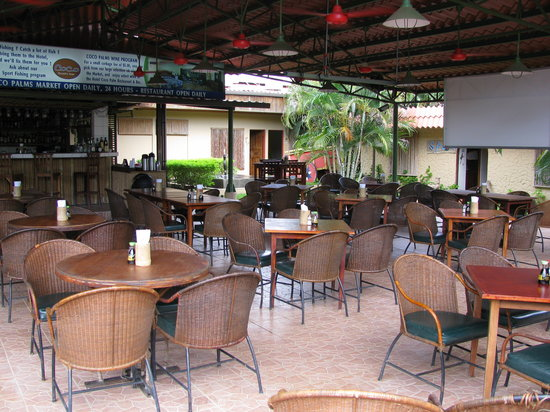 Hotel Coco Palms Bar & Restaurant : Dinning Room
