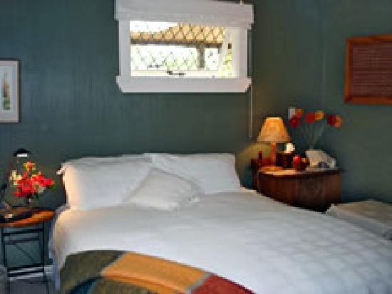 Aroden: guest room