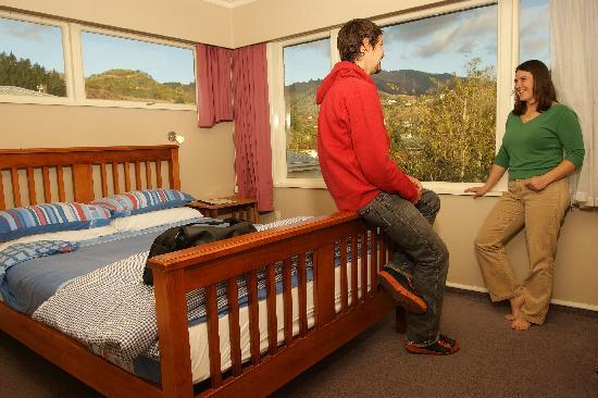 Almond House Backpackers: Comfortable Double Room