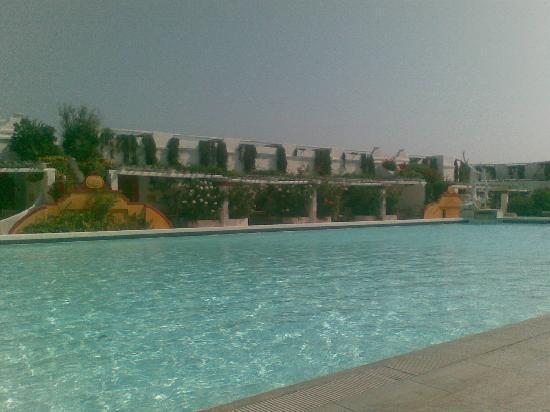 La Peschiera: la piscina