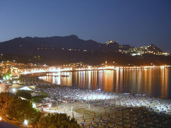 E di notte picture of hotel sporting baia giardini - Hotel giardini naxos 3 stelle ...