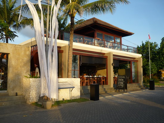 Hitana: Restaurant from the front