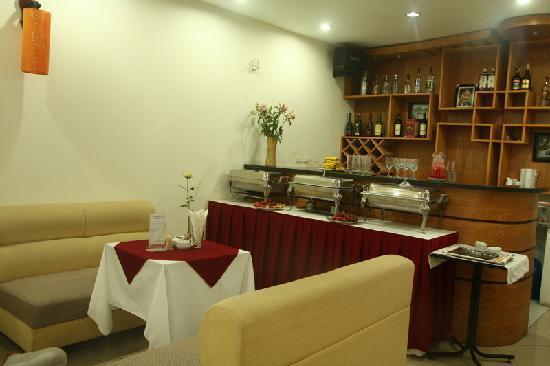 Baamboo Hotel: Bar