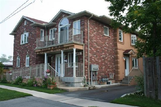 Two Rivers Bed & Breakfast: Three Rivers B&B NIAGARA