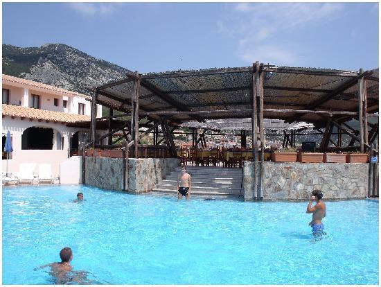Cala Gonone Beach Village : La veranda del ristorante- Vista magnifica