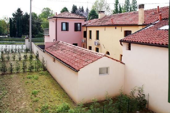 Casa Roberta : panorama dalla finestra