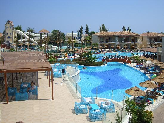 Holiday Village Rhodes: View of activity pool