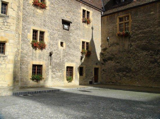 Neuchatel, Switzerland: la Collégiale de Neuchâtel