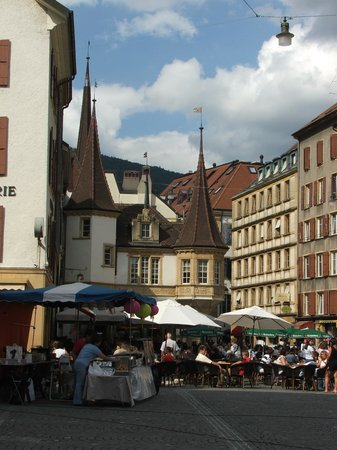 Neuchatel, Switzerland: Place Pury