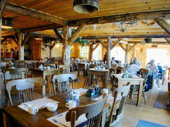 Vergers cidrerie denis charbonneau mont saint gregoire for Restaurant saint gregoire