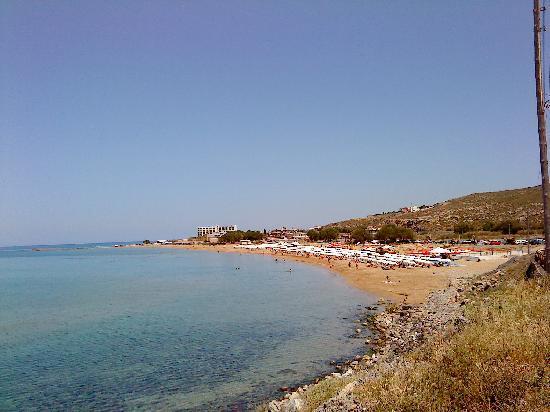 Molos Bay Hotel: coast
