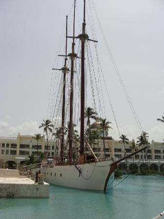 Iberostar Grand Hotel Bavaro: bote