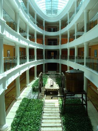 Iberostar Grand Hotel Bavaro : interior del hotel