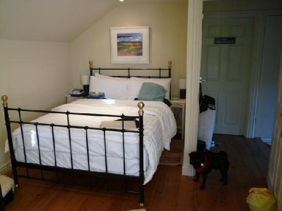 Plume of Feathers: bed in room