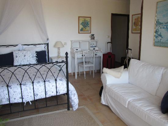 Quinta Das Rosas: Sea-view room with large terrace
