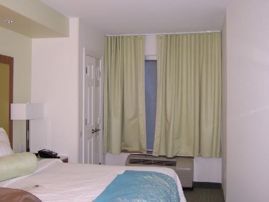 SpringHill Suites Charleston North/Ashley Phosphate: Sleeping area