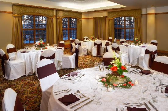 Eagle Ridge Resort & Spa: Banquets at Eagle Ridge are beautiful, elegant and unique whatever the occasion commands.
