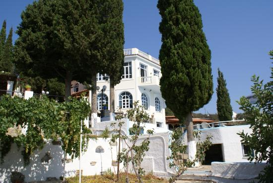 Photo of Kerveli Village Hotel Sámos