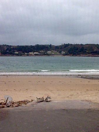 Seawold Guest House: The slipway  200yds from guest house