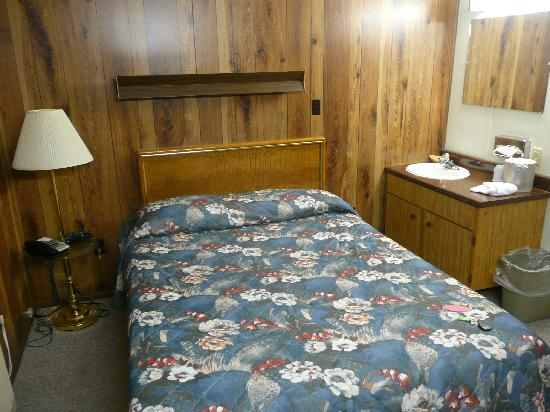 Island Park, ID: the bedroom