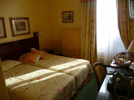 Hotel Residence Foch: Our Room
