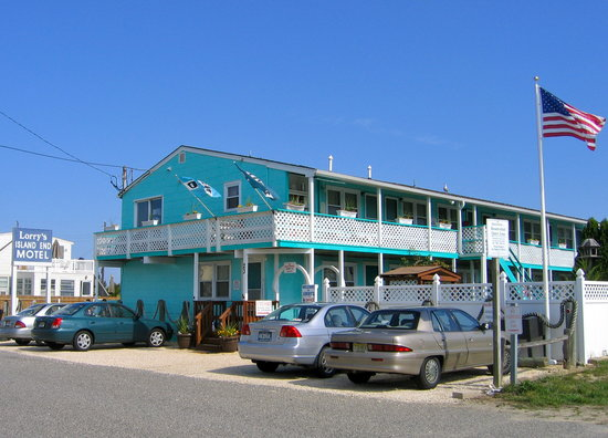 Lorry's Island End Motel
