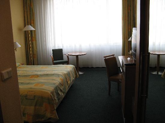 Parkhotel Praha: Standard Room, 8th floor