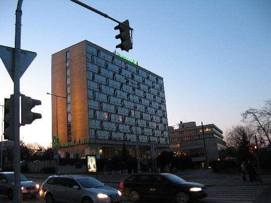 Parkhotel Praha: Another view of Park Hotel, from the junction