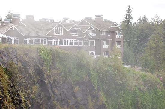 The Salish Lodge Hotel At Snoqualmie Falls