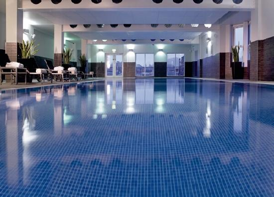 The Coppice Guest House: The pool at the SPA club,you can use