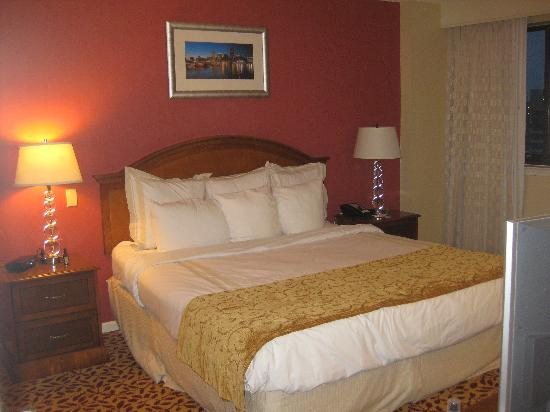 Towson University Marriott Conference Hotel: Bedroom