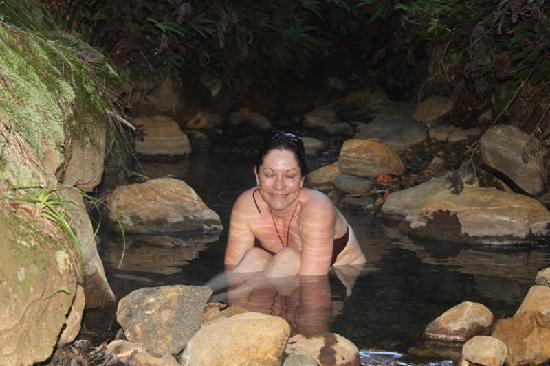 Great Barrier Island, New Zealand: Soaking in hot stream